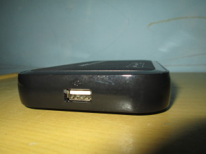 USB Port support HDD External, dan Flash Disk
